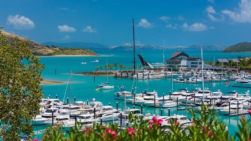 hamilton-island-marina-3